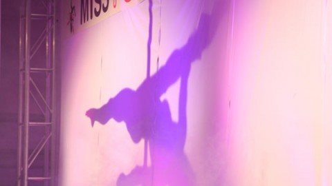 New Zealand's First Ever Pole Dancing Competition