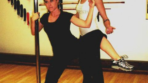 Strengthen your abs pole dancing