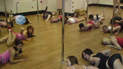 Review of pole school Pole Palais, Nottingham